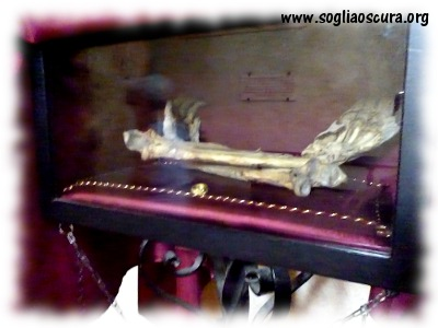 San Galgano - braccia